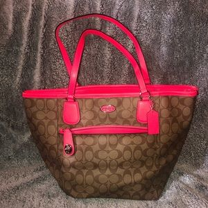 Hot pink trim- Coach tote